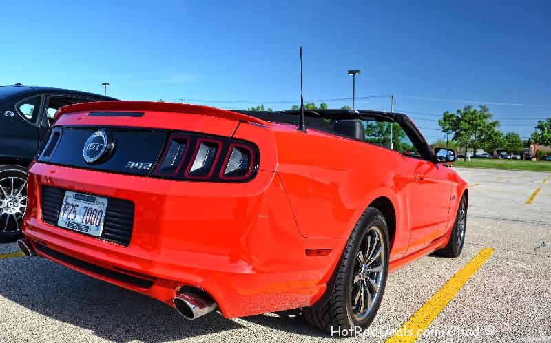 Various photos from a cruise night held at Cozzi Corner in Downers Grove, Illinois.